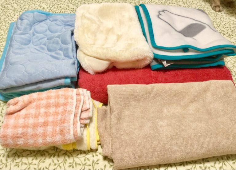 毛布、涼感マット、タオル